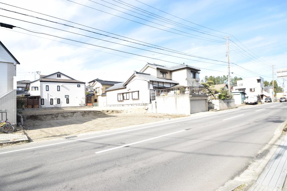 新潟市西区小針藤山1丁目(新築一戸建て)